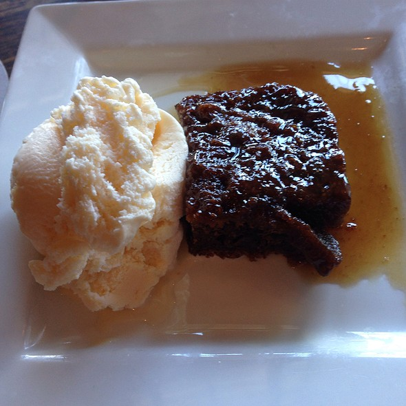 Cumberland Sticky Toffee Pudding - The Whale & Ale, San Pedro, CA