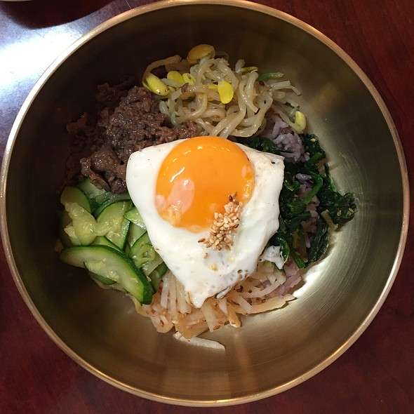 Beef Bibimbap @ Kang Na Roo