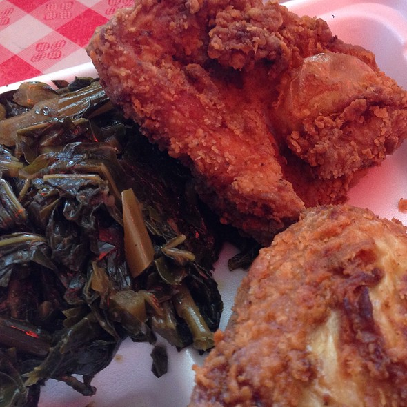 fried chicken @ Charles' Country Pan Fried Chicken