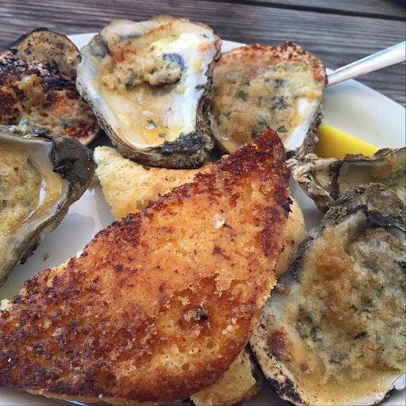 Chargrilled Oysters @ BB's Cafe