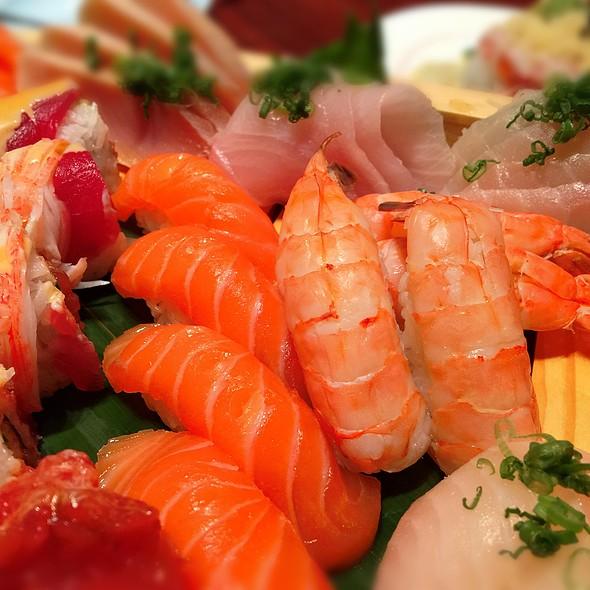 The blue fish north dallas menu dallas tx foodspotting for Blue fish sushi