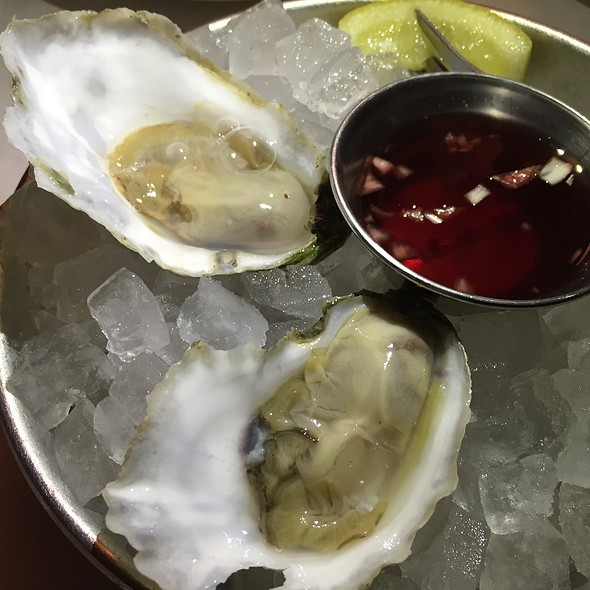 Oysters @ Jax Fish House And Oyster Bar