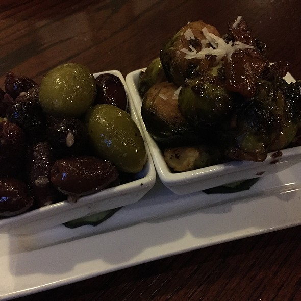 House Cured Olives @ 75th Street Brewery