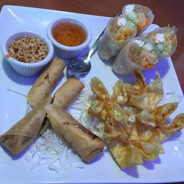 Sampler @ Thai Spice
