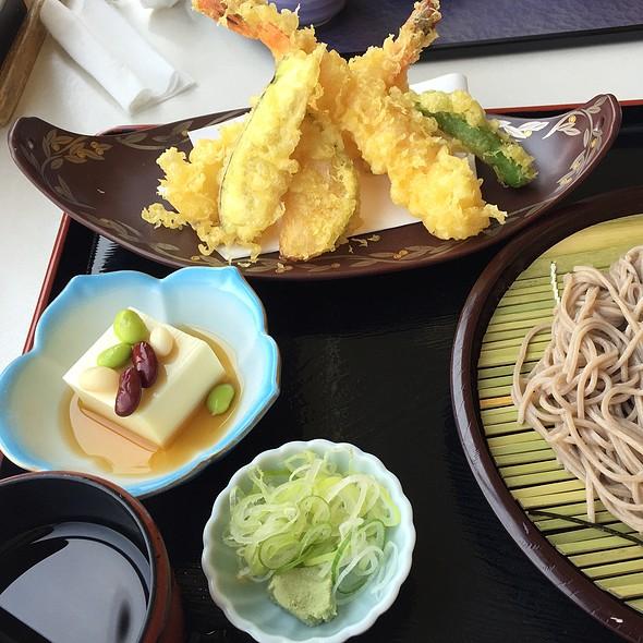 天ぷら蕎麦 @ 香林 香林坊大和店