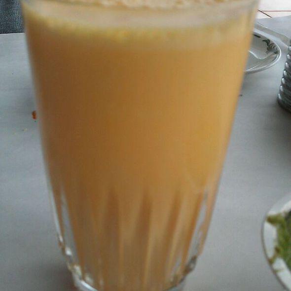 Mango Shake @ Taj Palace