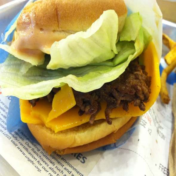Double Cheeseburger @ Elevation Burger