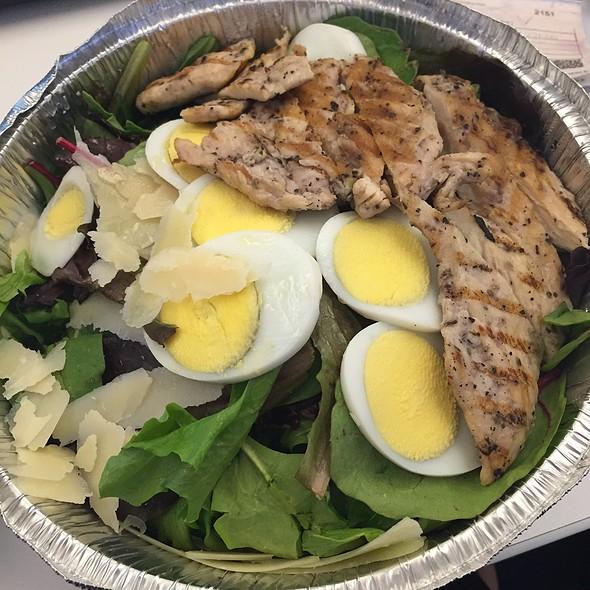 Pantheon Salad - Via Della Pace, New York, NY