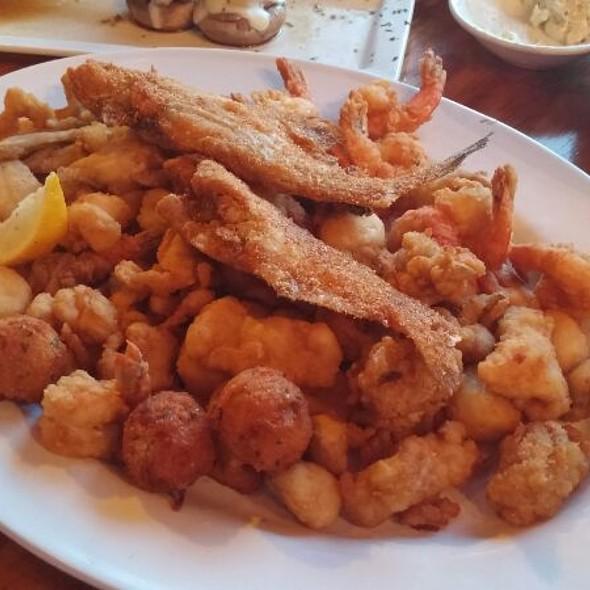 Clark 39 s fish camp menu jacksonville fl foodspotting for Fish camp menu
