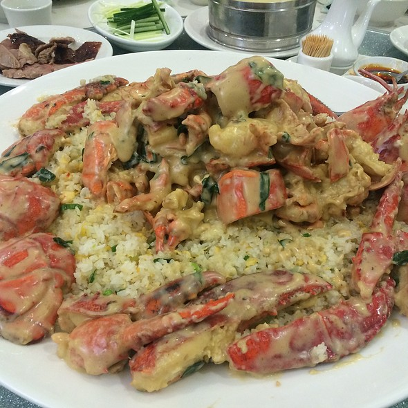 Creamy Cheese Lobster With Rice