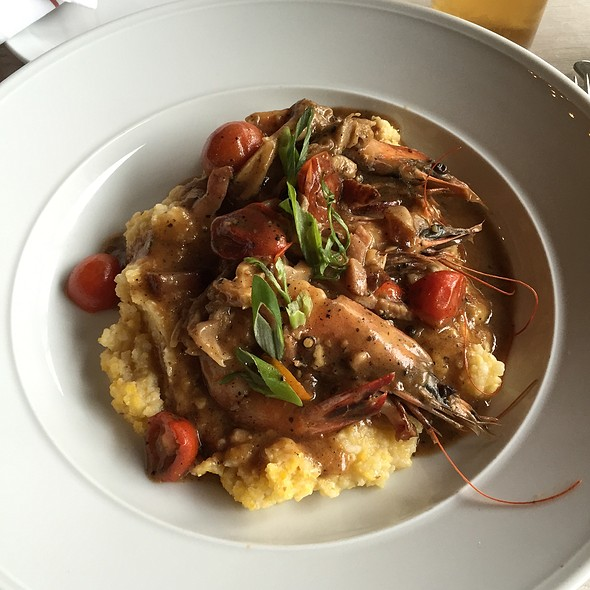 Shrimp and Grits @ Prohibition Supperclub & Bar