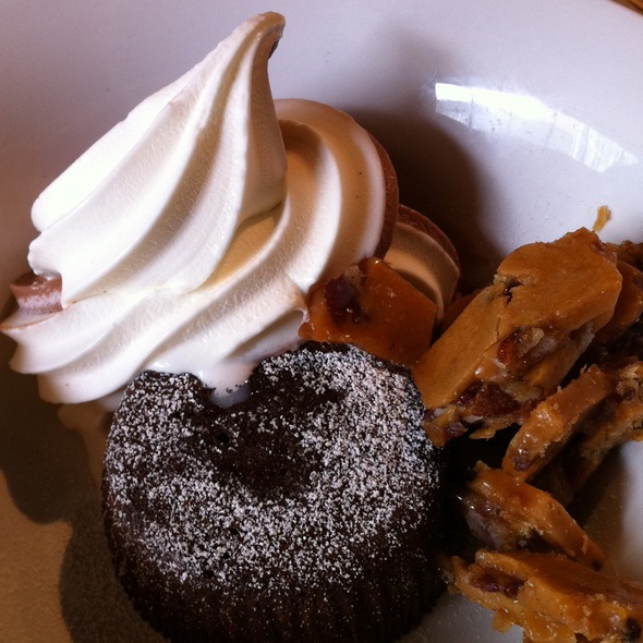 Soft Serve, Lava Cake & Bacon Brittle @ Zero Zero