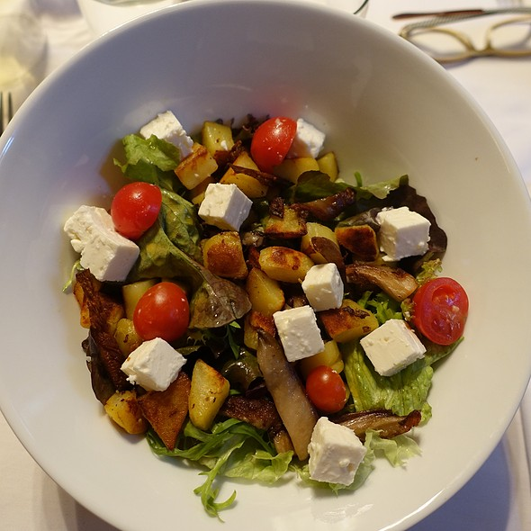 Salad With Potatoes And Feta