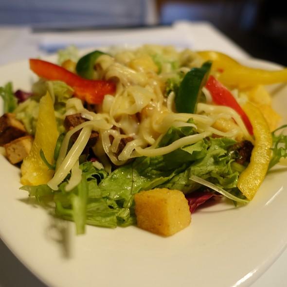 Salad With Polenta