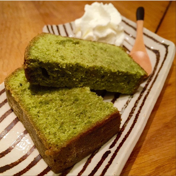 Green tea Cake @ Azabu
