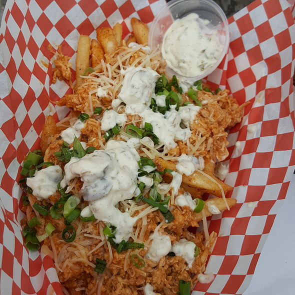 Tackle Fries @ Taylor Made Wings on the Geaux