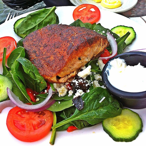 Grilled Salmon Spinach Salad @ Timuquana Country Club