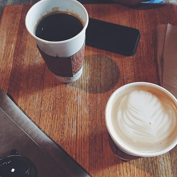 White Monkey Mocha And Red Eye Coffee