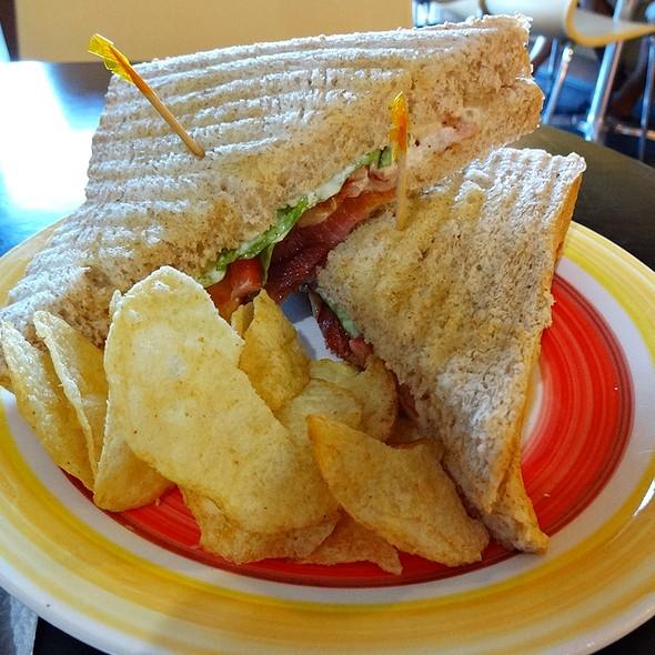 BLT Sandwich @ Daily Buns