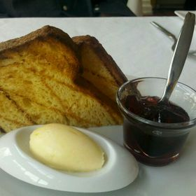 Brioche Toast With Butter And Currant Jam