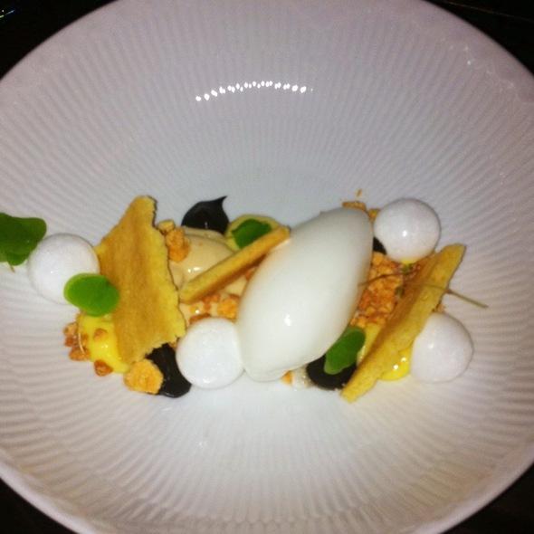 Citronsorbet Med Lakridscreme, Marengs Og Sablé Breton @ formel b