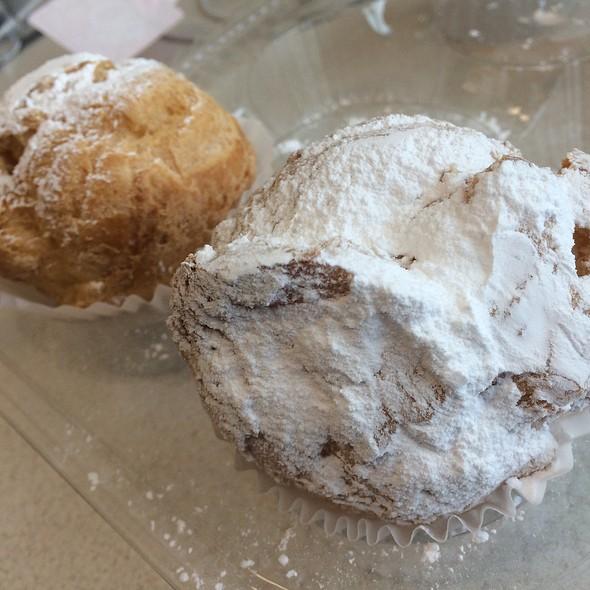 Vanilla Cream Puffs @ Bliss & Co. Cupcakes