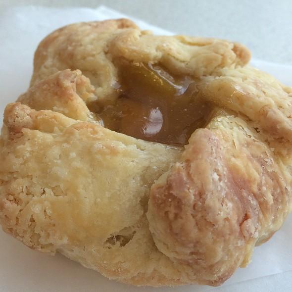 Peach Mango Pie @ Bliss & Co. Cupcakes