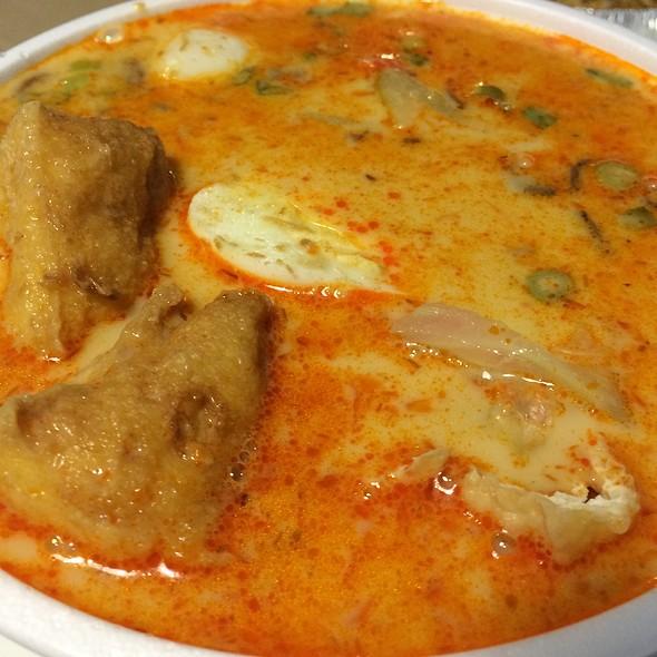 Wor Wonton Laksa Soup @ Tropical Delight Noodle House