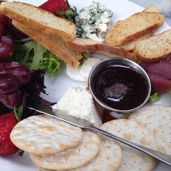 Assiette De Fromage  - Bonnie Ruth's Cafe et Patisserie, Frisco, TX