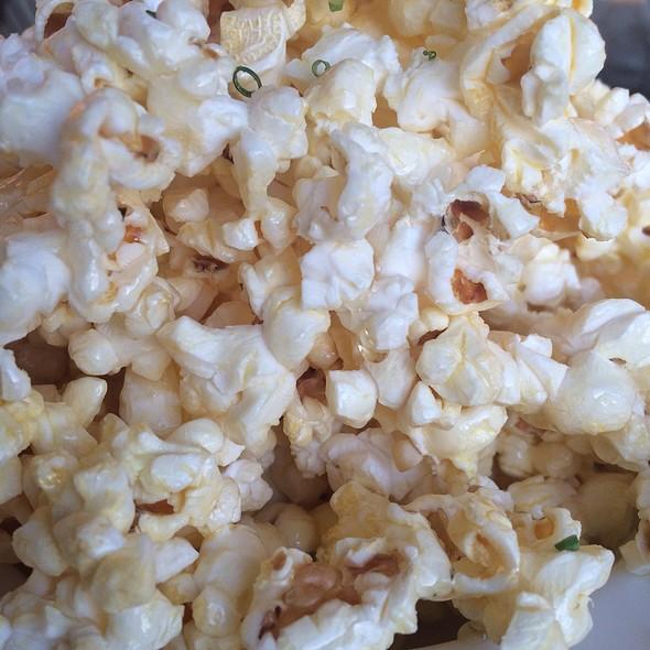 Truffled Empress Honey Popcorn @ The Fairmont Empress 'Verranda'