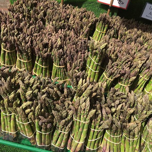 Asparagus @ Cambdridge Market