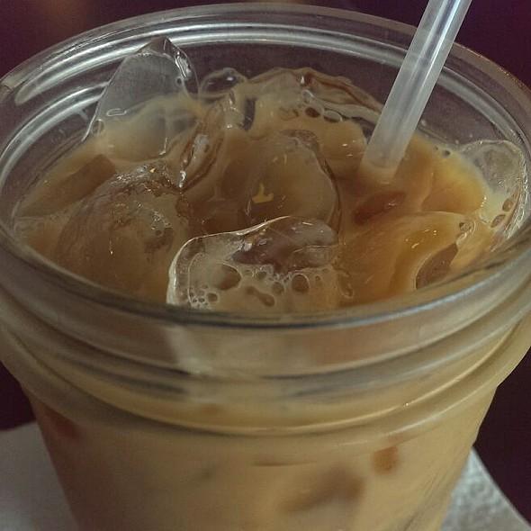Iced Caramel Latte