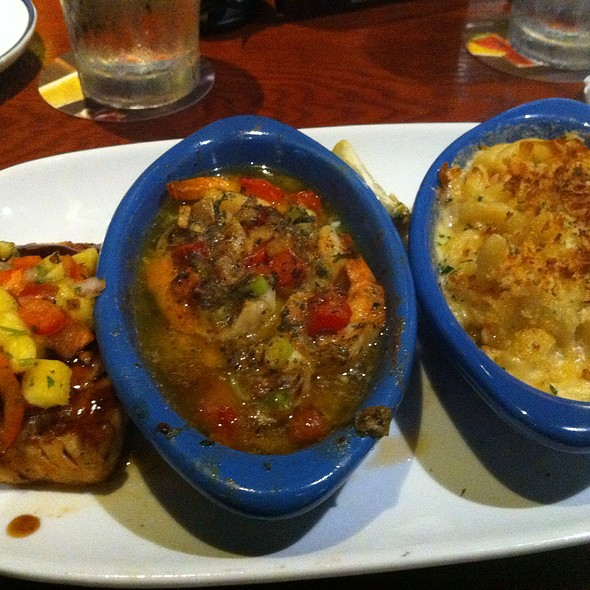 Seafood Trio Platter @ Red Lobster