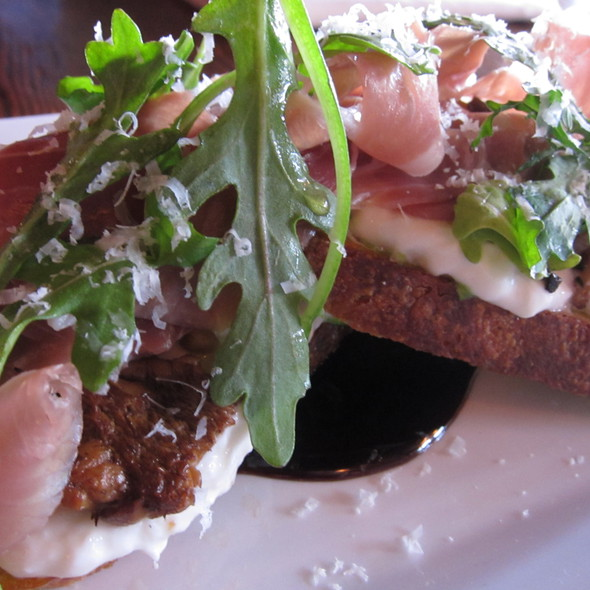 Seasonal Bruschetta @ The Tipsy Pig