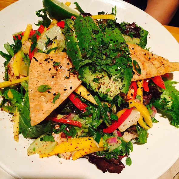 Thai Chicken & Mango Salad