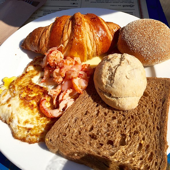 Breakfast Seaside @ Strandpaviljoen El Nino