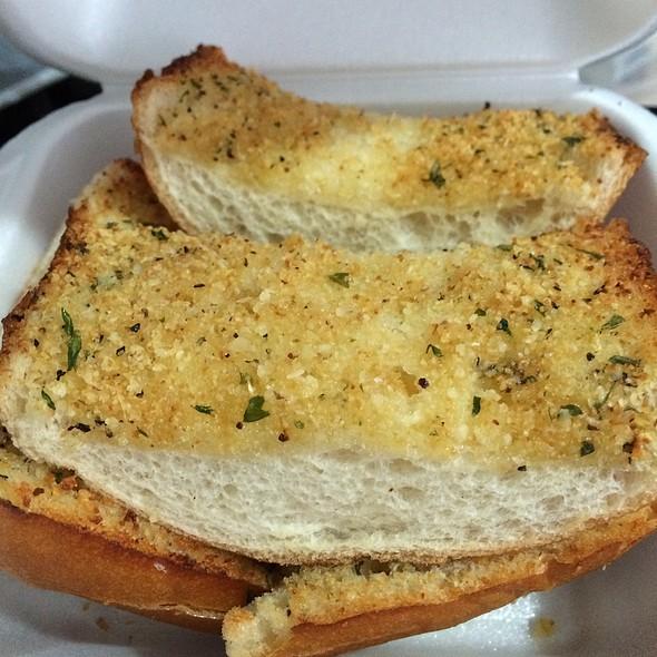Garlic Bread @ Win-Spuntino