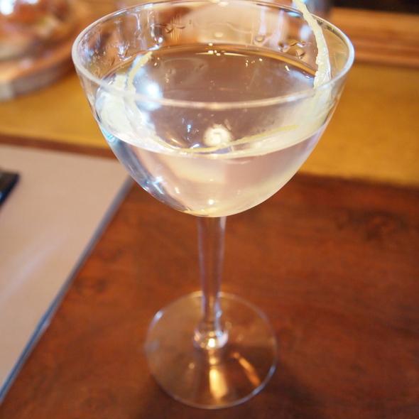 Dry Martini @ Lucy Restaurant & Bar at Bardessono Hotel