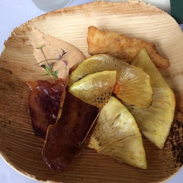 Kualoa Fish'n'chips With Sriracha Tartar @ Kualoa Ranch