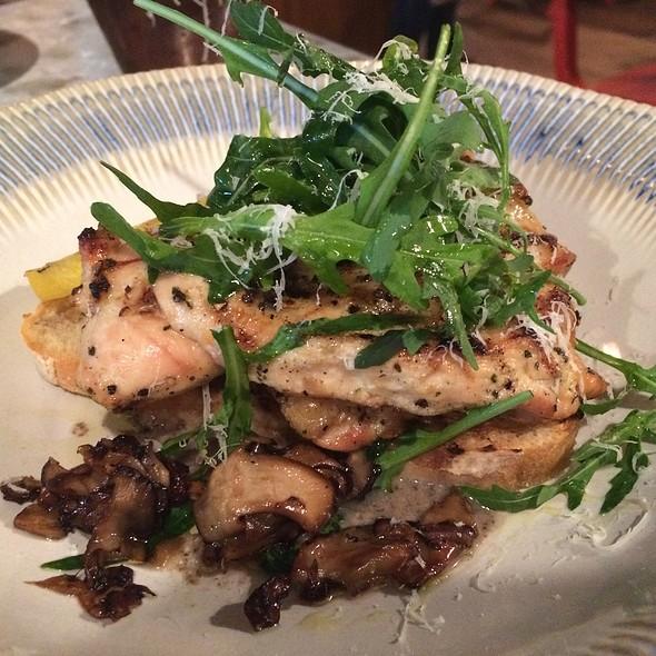 Chicken Al Mattone @ Jamie's Italian