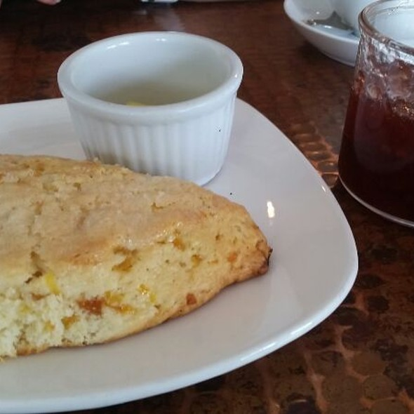 Apricot And Ginger Scone @ Farm House Local