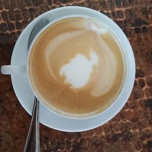 Cappuccino @ Farm House Local