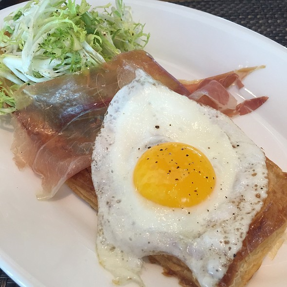 Asparagus Tart With Proscuitto And Egg - LARK on the Park, Dallas, TX
