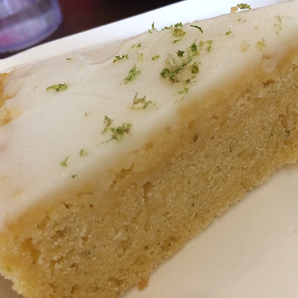 Calamansi Tea Cake @ Lia's Cakes in Season