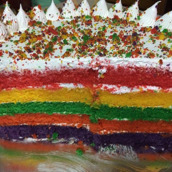 Rainbow cake @ Epicurious