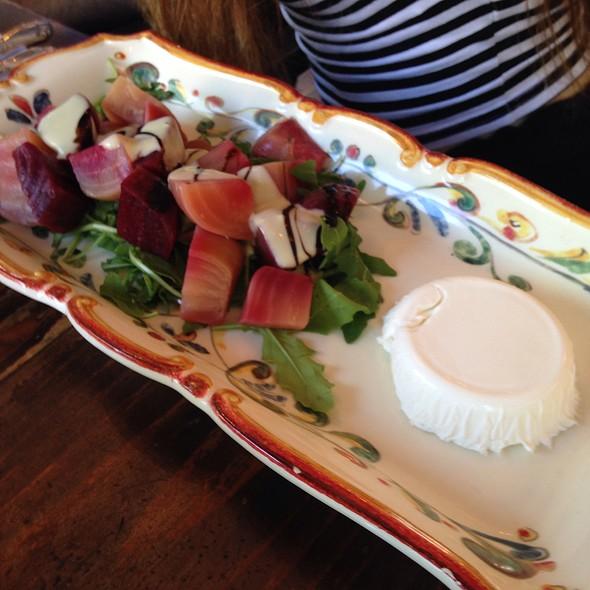Beets Salad - Olio e Più, New York, NY