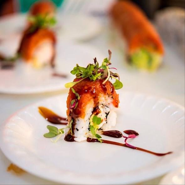 California Dreamin' - The Venue Sushi Bar & Sake Lounge, Palm Desert, CA
