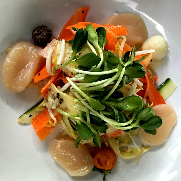 Scallops - The Venue Sushi Bar & Sake Lounge, Palm Desert, CA