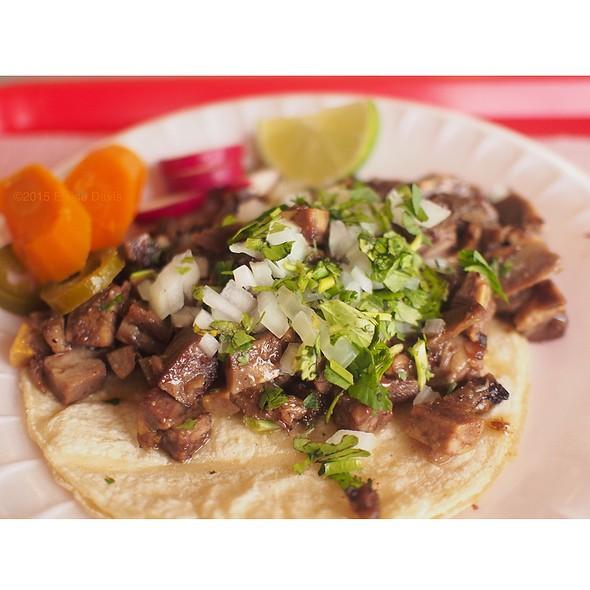 Cabeza Taco @ Pancho's