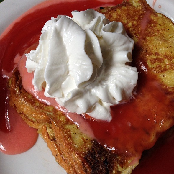 Sweet Bread French Toast With Guava Sauce